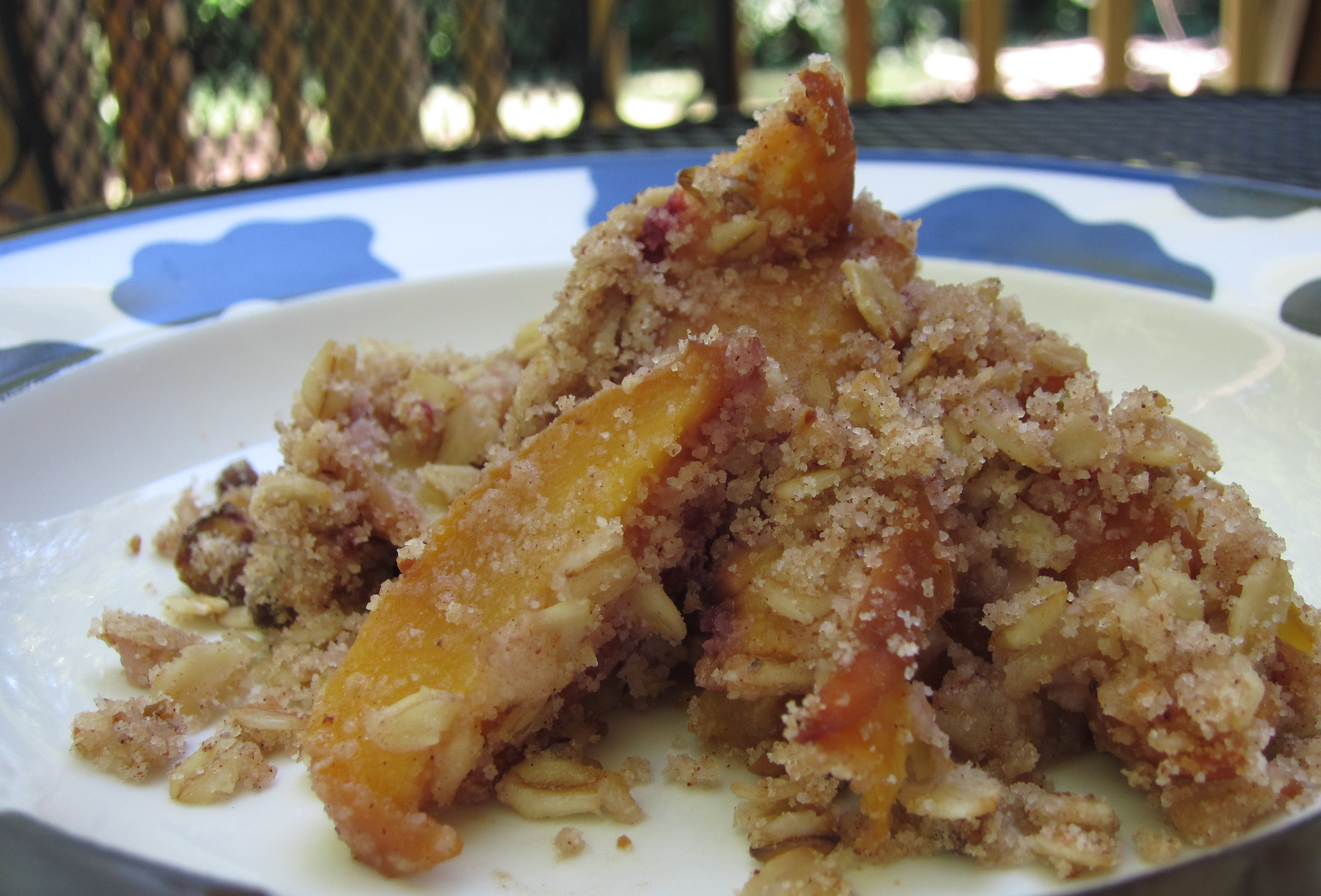 Peach pistachio crumble